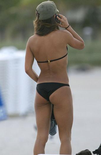 Kate+del+Castillo+Riquisima+En+Bikini+y+Mas+voyeurmix.net
