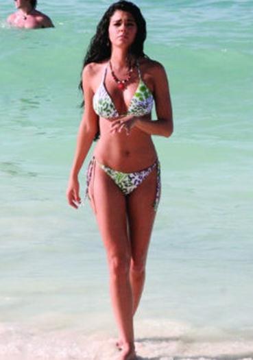 Livia+Brito+En+Bikini+Extra+Altair+Jarabo+voyeurmix.net