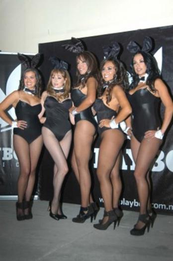 Aeromozas+De+Mexicana+firma+Playboy+voyeurmix.net