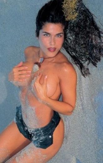 Adriana+Catano+Super+Sabrosa+En+Bikini+voyeurmix.net