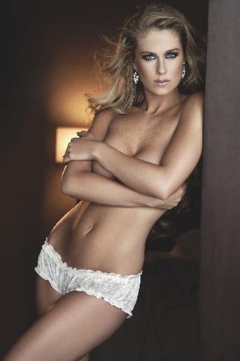 Ingrid+Martz+Sexy+En+Lenceria+voyeurmix.net