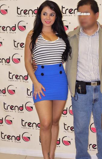 Carolina+Rodriguez+Edecan+Del+CMLL+En+Minifalda+Upskirt+Incluido+voyeurmix.net