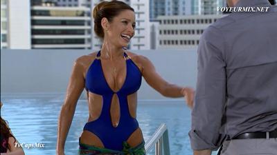 Adriana.Fonseca.Sexy.Bikiniy.Mas.HDTV.mp4_snapshot_02.27_[2014.12.16_01.52.14]