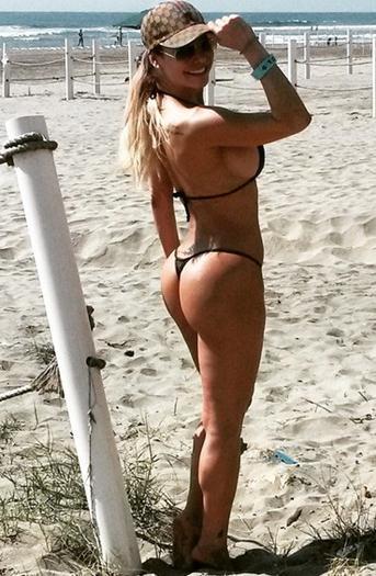 Lis+Vega+Mega+Culona+En+Bikini+Fotos+Personales+2015+voyeurmix.net