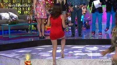 Tabata.Jalil.Buenisima.New.Rojo.HDTV.mp4_snapshot_02.21_[2015.01.03_16.55.35]