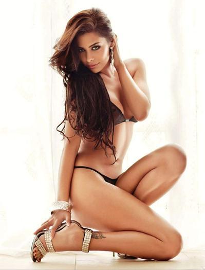 Larissa+Riquelme+Topless+Bikini+Photoshoot+famosascelebshot.com