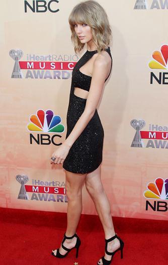Taylor+Swift+En+iHeartRadio+Music+Awards+Marzo+2015+voyeurmix.net