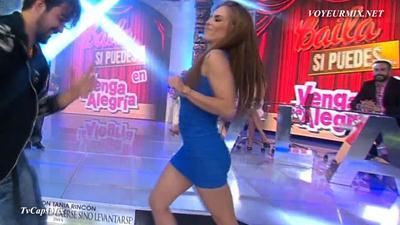 Maria.Jose.Magan.Super.Hot.Minivestido.HDTV.mp4_snapshot_01.29_[2015.04.25_00.46.01]