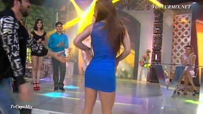 Maria.Jose.Magan.Super.Hot.Minivestido.HDTV.mp4_snapshot_01.31_[2015.04.25_00.46.09]