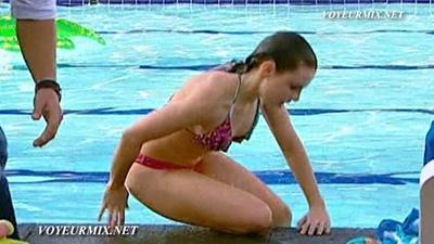 Mariana.Torres.y.Marcela.Guirado.Bikinis.HDTV.mp4_snapshot_00.58_[2015.04.25_01.04.06]