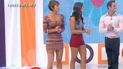 Regina.y.Marijo.Hot.Piernotas.HDTV.mp4_snapshot_00.37_[2015.04.25_00.22.08]