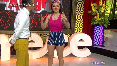 Ingrid.Coronado.y.Tabata.Jalil.Piernotas.Qlazos.HDTV.mp4_snapshot_00.37_[2015.06.04_03.18.11]