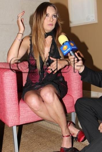 Mariana+Ochoa+Riquisimo+Upskirt+Voyeurmix.net