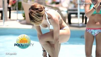 Marijo.Regina.Ivette.Sabrosas.New.Bikinis.HDTV.mp4_snapshot_01.38_[2015.07.25_14.32.39]