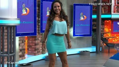 Nahima.Choura.Y.Rebeca.Rubio.Minis.HDTV.mp4_snapshot_01.38_[2015.08.23_00.03.20]