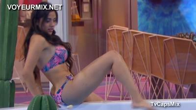 Rossana.DJ.Sexy.Devil.Qlazo.En.Tanga.HDTV.mp4_snapshot_00.32_[2015.09.23_18.00.34]
