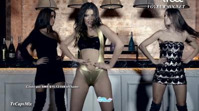 Vanessa.Claudio.Hot.En.Video.Musical.HDTV.mp4_snapshot_01.31_[2015.09.27_00.29.21]