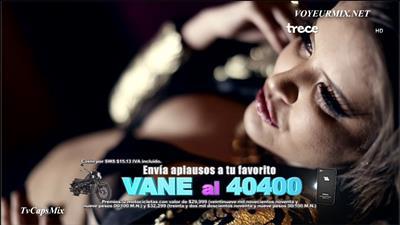 Vanessa.Claudio.Hot.En.Video.Musical.HDTV.mp4_snapshot_02.01_[2015.09.27_00.32.04]