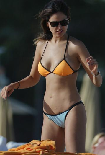 Eiza+Gonzalez+Mega+Riquisima+En+Bikini+Dic+2015+Voyeurmix.net