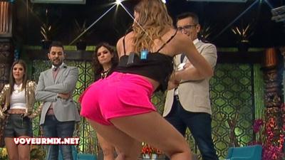 Tabata.Jalil.Vanessa.Claudio.y.Natalia.Empinadas.Menenado.Culitos.HD.m2t_snapshot_03.08_[2017.03.25_23.55.00]