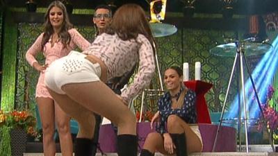 Alex.Garza.y.Mariana.Andrade.Empinadas.Culitos.Ricos.HD.m2t_snapshot_01.43_[2017.04.09_00.08.13]