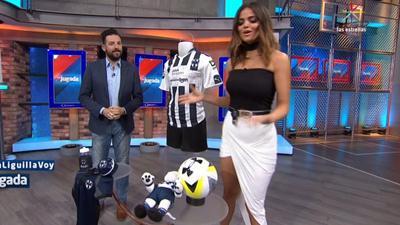 Marisol.Gonzalez.Sexy.Vestido.Enseñando.Piernotas.HD.m2t_snapshot_00.05_[2017.05.09_01.10.00]