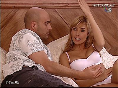 Paola.Toyos.En.Lenceria.HDTV.mp4_snapshot_01.35_[2017.05.19_00.24.23]